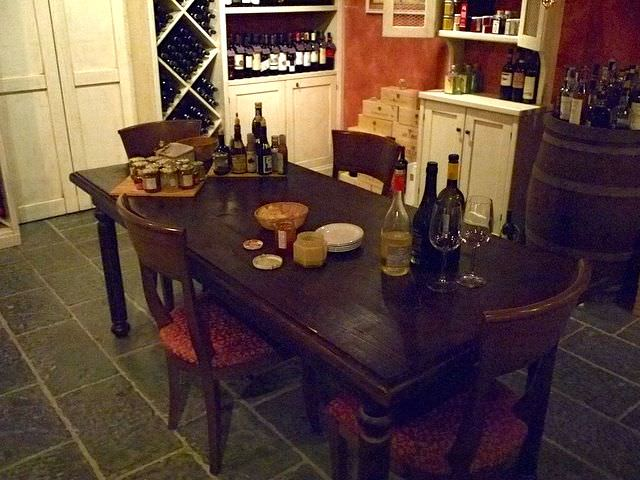 Visit the Intimate wine tasting cellar in Il Borgo Tavarnelle val di Pesa