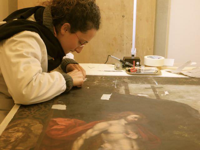 Student Restoration Urbino Italy