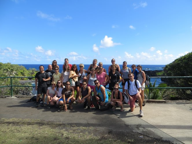 Banana Bungalow Tours Backpacking Hawaii