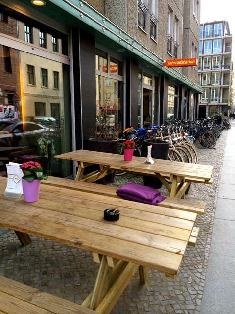 Vacation Apartment Rental Cafe