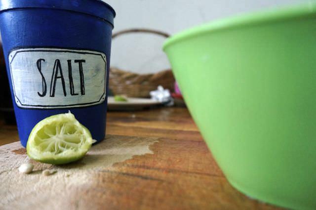 Quick and Easy Guacamole Recipe 10