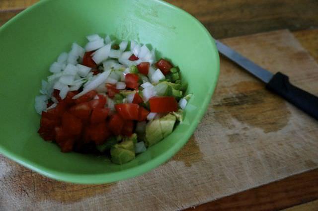 Quick and Easy Guacamole Recipe 6