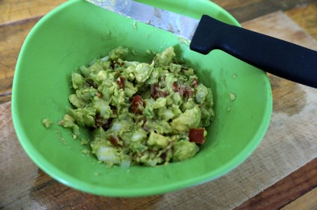 Quick and Easy Guacamole Recipe 7