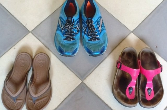 What are the Best Shoes for Travelling?