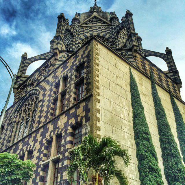 Why Medellin is the Best Place to Learn Spanish in Colombia