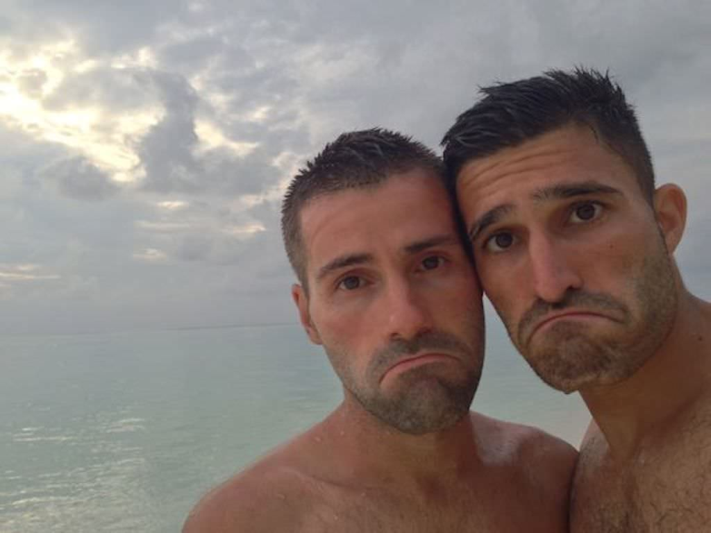 travel as a gay couple
