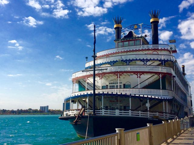 What to do in Detroit Riverfront