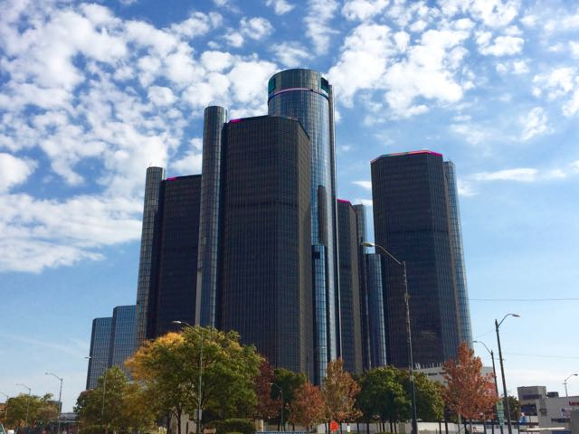 What to do in Detroit Where to stay