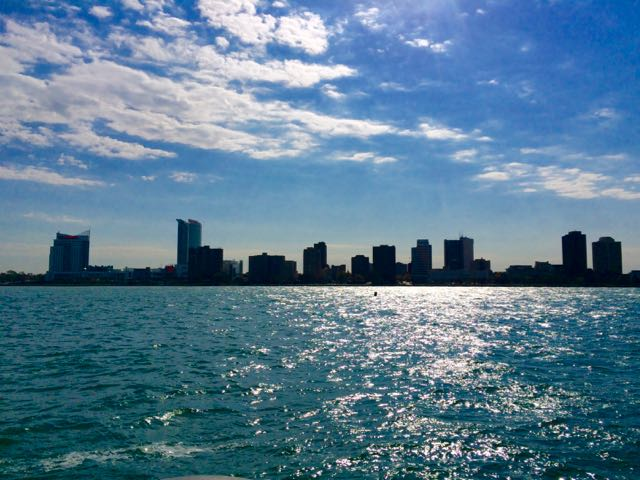 What to do in detroit - see Canada