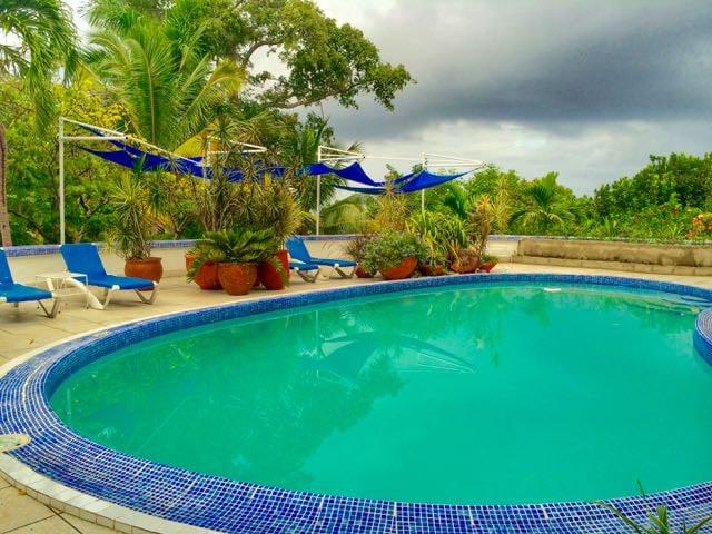 Real Jamaica Mockingbird Hill Hotel Pool