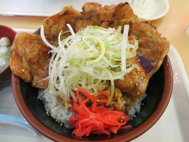 what-to-eat-in-japan-donburi-pork