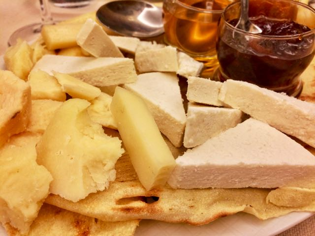 sardinian food pecorino