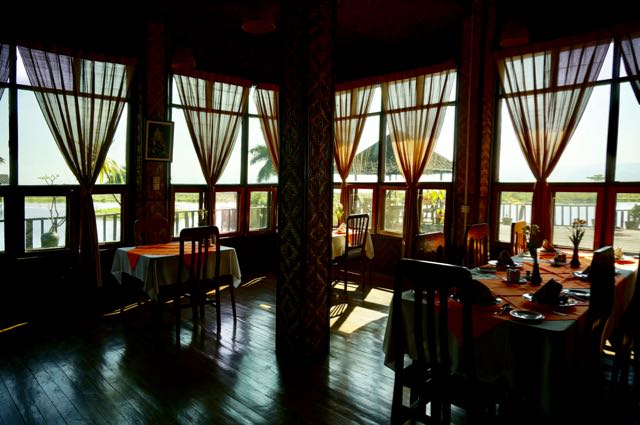 Inle Lake Tour restaurant