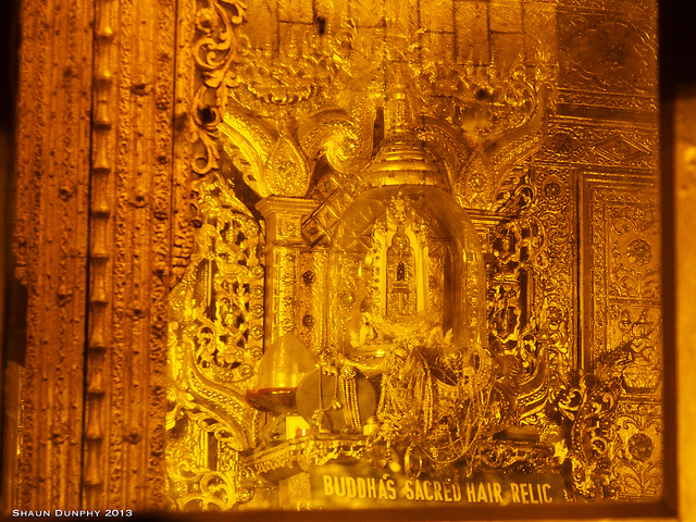 Things to do in Yangon Botataung Pagoda