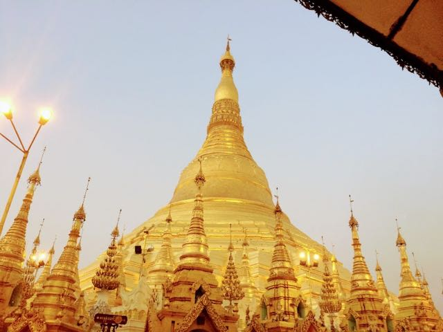 Things to do in Yangon Shwedagon Pagoda
