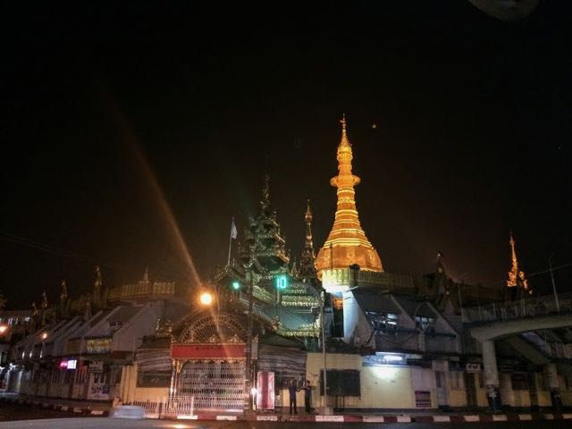 Things to do in Yangon Sule Pagoda