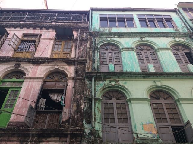 Things to do in Yangon old buildings