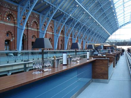 Things to Do New Kings Cross St Pancras Searcys Champagne Bar
